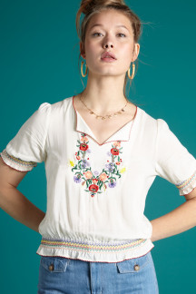 Lucy Embroidery Top Coyote